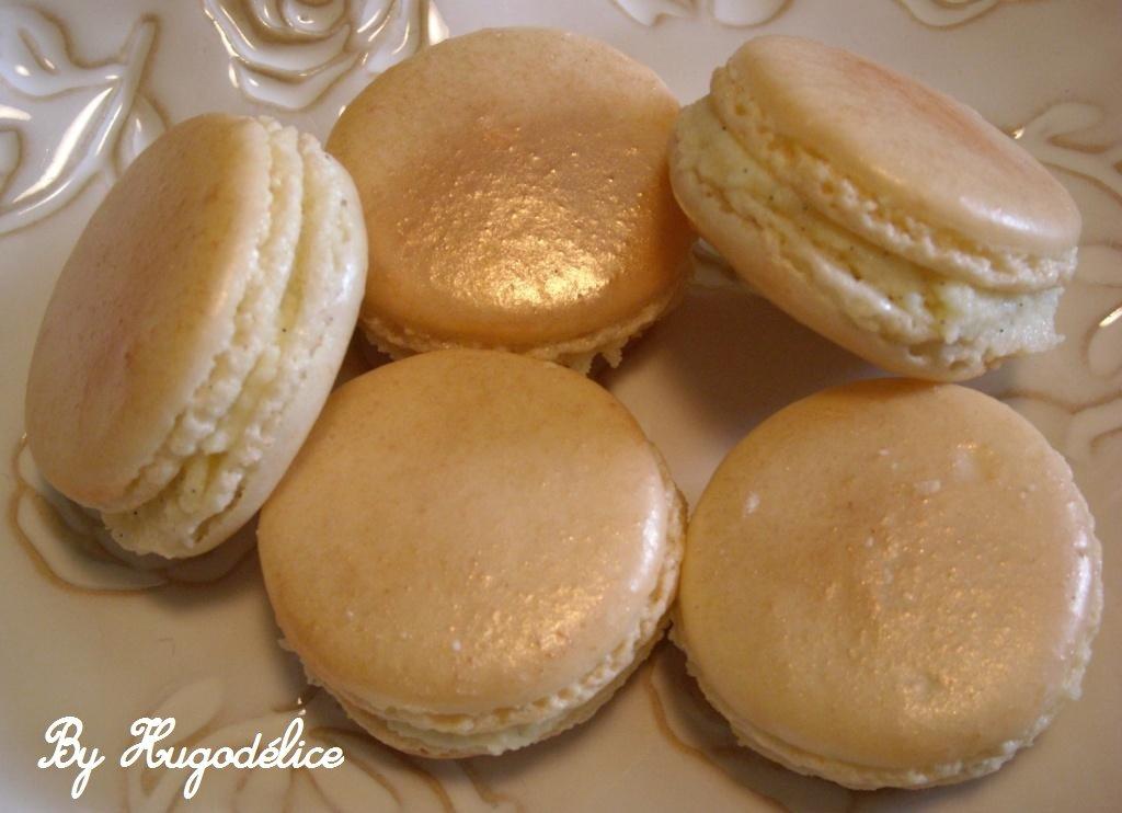 macaronsvanillechocolatblanc.jpg