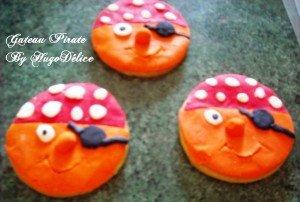 GATEAU PIRATE dans Petits gâteaux et Cie trois-pirates-300x202
