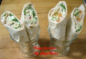 2-wraps-thon-concombre-tomates-oeufs-salade-300x204 dans plats uniques