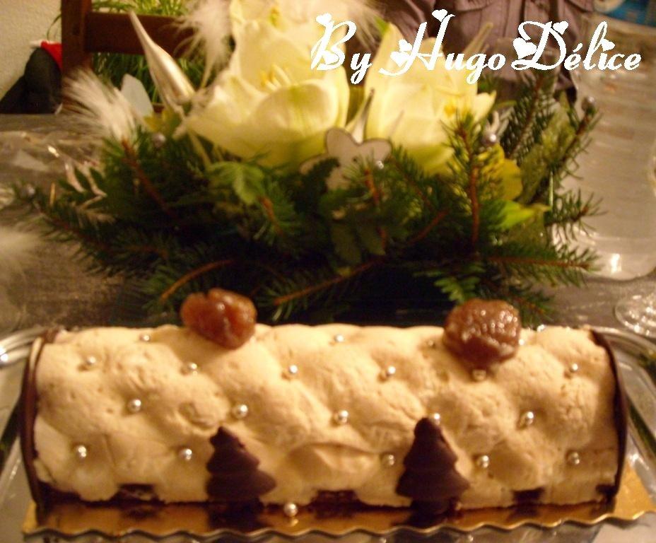 Buche de noel marron chocolat hugod lice for Buche de noel chocolat marron