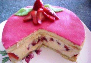 fraisier-decoupe-300x209